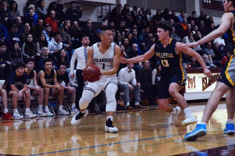 Mercer Island Basketball Defeats Rival in Pivotal  Game