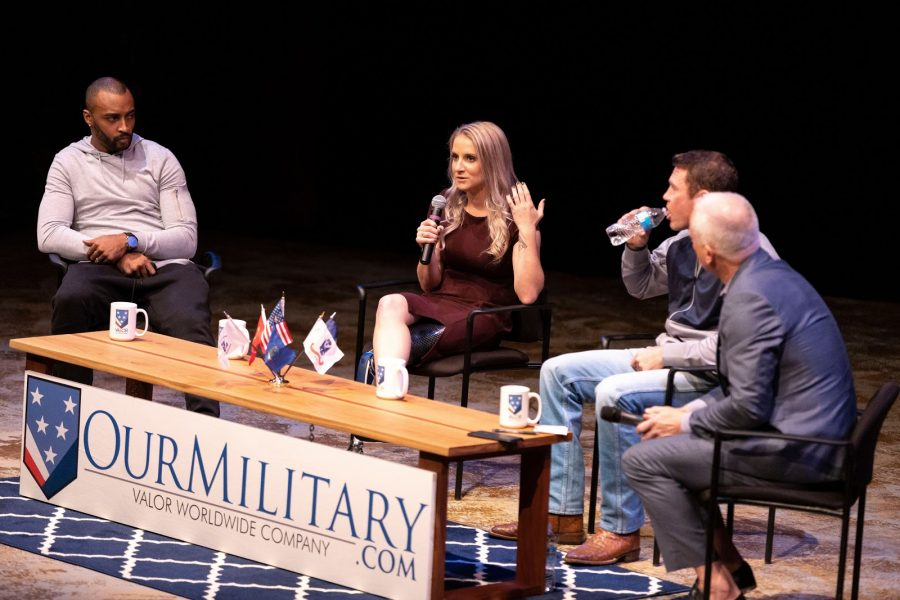 From left to right: Doug Baldwin, Kirstie Ennis, Nate Boyer and Kenny Mayne. Photo courtesy Jeff Lanctot.